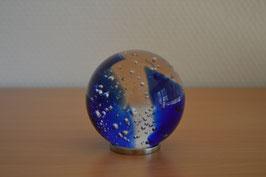 Glaskugel 6,5 cm, blau, kalibriert, mit Luftblasen