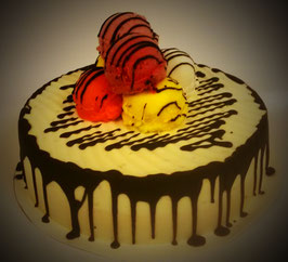 Large Drizzle Cake