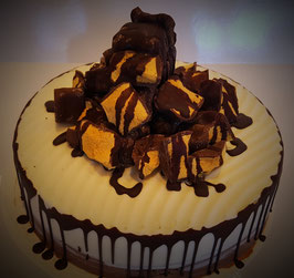 Large Honeycomb Cake