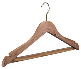 R Kleiderbügel aus Zedernholz ab 4.93 CHF Stk.