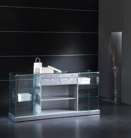 Vitrine black & withe N