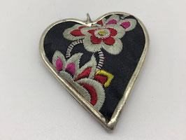 Anhänger Stoff Herz, schwarz mit Blüten
