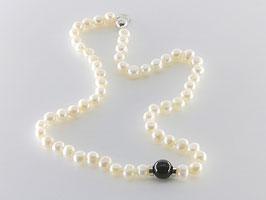 Elegante Perlenkette, Onyxkugel
