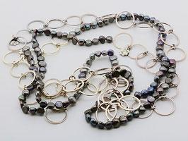 Trendige XXL-Perlenkette, dunkel changierend