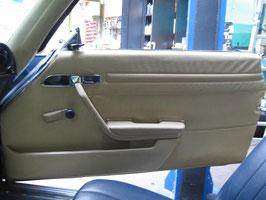 Mercedes Türverkleidung rechts Beifahrerseite creme door panelling right W107 R 107 SL SLC