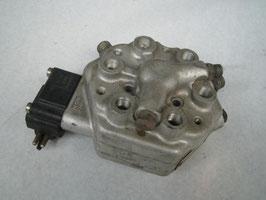 Mercedes Mengenteiler Fuel distributor 0438101012 Druckregler 0000703962 original M103 W107 W126 W124 300SL
