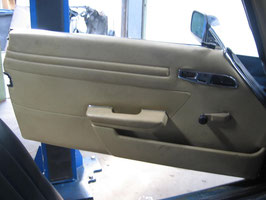 Mercedes Türverkleidung links Fahrerseite creme door panelling right  W107 R 107 SL SLC