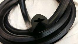 Vg.Nr. 1148850121 Schutzschiene Gummi Stoßstange Mercedes W114 W115 2020mm