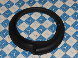 Vg.Nr. 1103250185 Gummi unten Feder Hinterachse rubber spring Mercedes W108 W110 W111 W113
