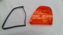 Vg.Nr. 0008200366 0008267880 Blinker Blinkerglas rechts USA turn signal lens right Mercedes W107 R107 SL SLC