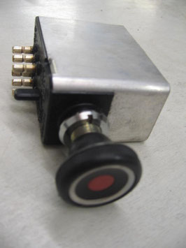 Mercedes Warnblinkschalter 0015449532 W114 W115 /8 W108 W113 W111