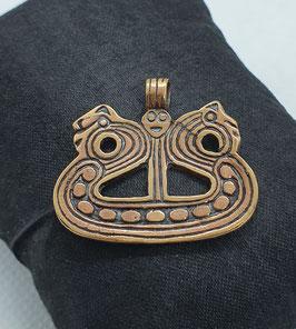 Drachenboot in Bronze
