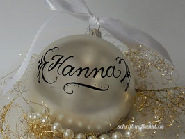 Weihnachtskugel mit Namen, Design Neo-Klassik, silber, matt
