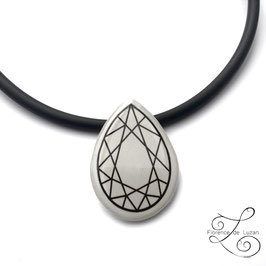 "Collier Solitaire ""Diamant poire"""