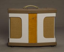 New, handmade in Holland CattleRanch California 20 Combo Amplifier