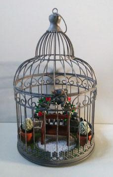 Vogelkäfig mit Miniatur Garten