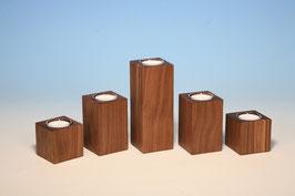 Teelichthalter aus Nussbaumholz