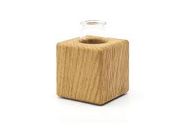 Kleine Holzvase aus Eichenholz