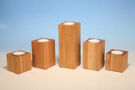 Teelichthalter für Maxiteelichter aus Eichenholz