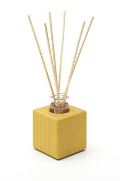 Raumduft - Holzvase aus gelb geöltem Buchenholz