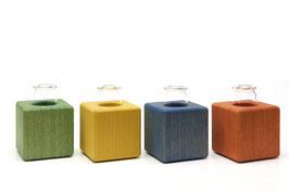Kleine Holzvase farbig geölt