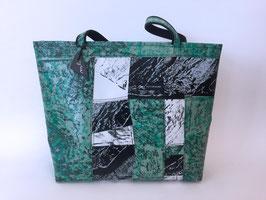 Patchoptik-Shopper grün/schwarz/weiss