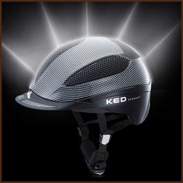 Reithelm mit reflektierender Helmschale