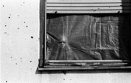 IB 40 - Mostar (Bosnia), bambino bosniaco alla finestra - 1996