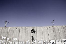 IB 27 - Palestina, Ramallah, il Muro di separazione e graffito di Banksy - 2006