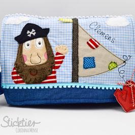 Stickdatei Pirat mit Segel