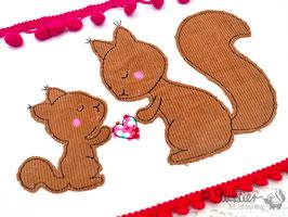 Stickdatei Eichhörnchen -Mama mit Kind-