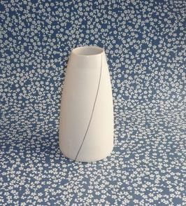 Petit vase soliflore en porcelaine