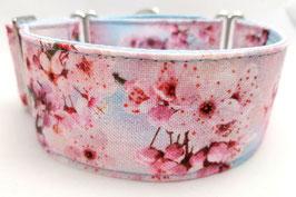 Halsband Kirschblüte hellblau/rosa / 81.