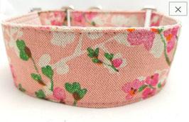 Halsband Kirschblüte rosa / 56.