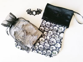 Christmas Stocking Skulls