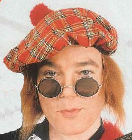 Schottenmütze mit Haar