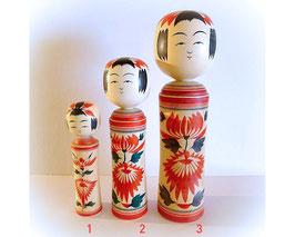 Japanse Kokeshi pop (drie verschillende groottes en prijzen)