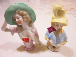 9-⒑ ハーフドール2体イギリス陶器人形
