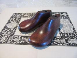 13-02   イギリス子供の靴型アンティークお値下げ中