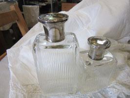 3-09    シルバー純銀の蓋、香水瓶2本set格安で