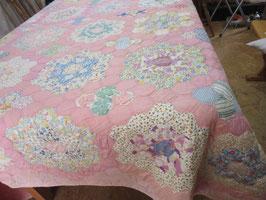 4-35 パッチワークキルト可愛いピンク、ヘキサゴン28000円