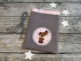 Nikolausbeutel, Geschenkbeutel aus Waffelpique in Grau, innen Rosa mit Sternchen, bestickt mit einem kleinen Elch, personalisierbar