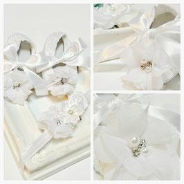 Chaussons blanc et headband assorti