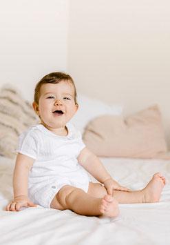 Barboteuse blanche 3 mois et Béguin César - Collection Les Petits Inclassables