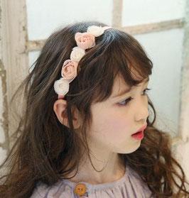 Ruban rose et petites fleurs en tissu blanches et roses