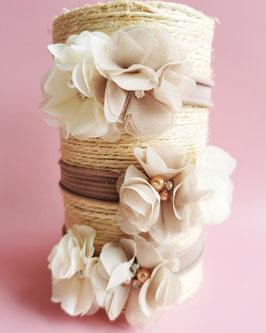 Bandeau bébé fleurs taupe et crème