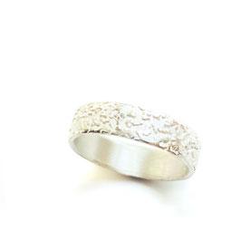 Ring   *Salty*5.0