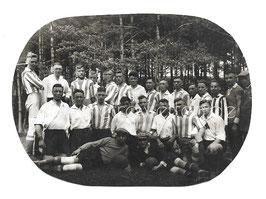 Alte Fotografie FUSSBALLSPIELER FUSSBALLMANNSCHAFT IN DEN 20er JAHREN