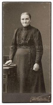 Kabinett Fotografie PORTRAIT EINER ALTEN FRAU Braunschweig um 1910