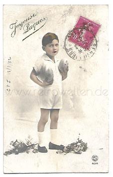 Alte Foto Postkarte OSTERN kleiner Junge mit Ostereiern, 1937